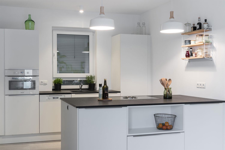 referenzk che mit bora basic dunstabzug center berlin autorisierter bora miele berbel. Black Bedroom Furniture Sets. Home Design Ideas